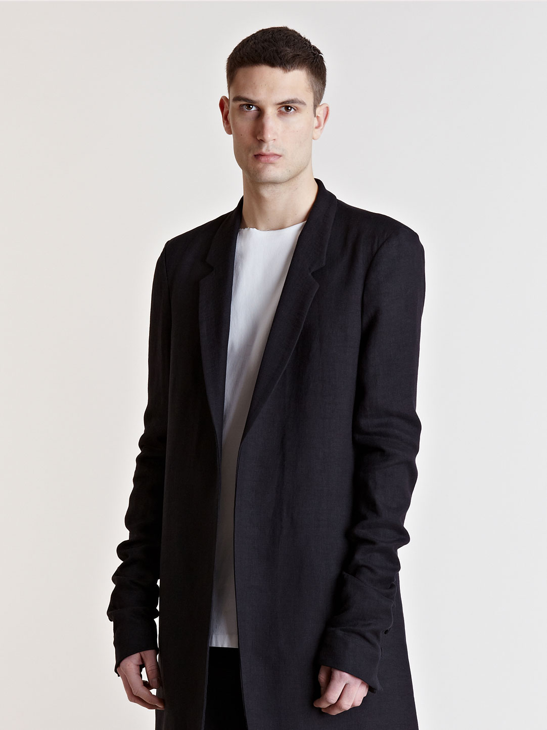 thamanyah black oversized coat